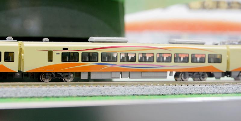 モハE652-1013 完成状態の見本です。
