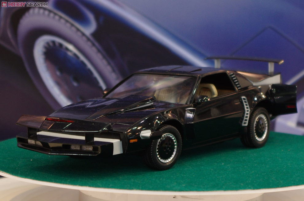 knight rider knight2000 k i t t mode spm model car. Black Bedroom Furniture Sets. Home Design Ideas