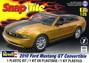Neu 2010 Ford Mustang Convertible Revell 11963-1//25 SnapTite