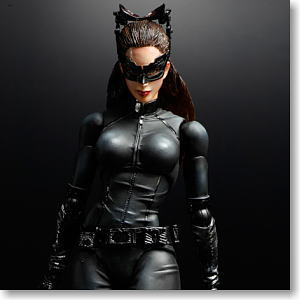 THE DARK KNIGHT TRILOGY Play Arts Kai Cat Woman (PVC Figure)