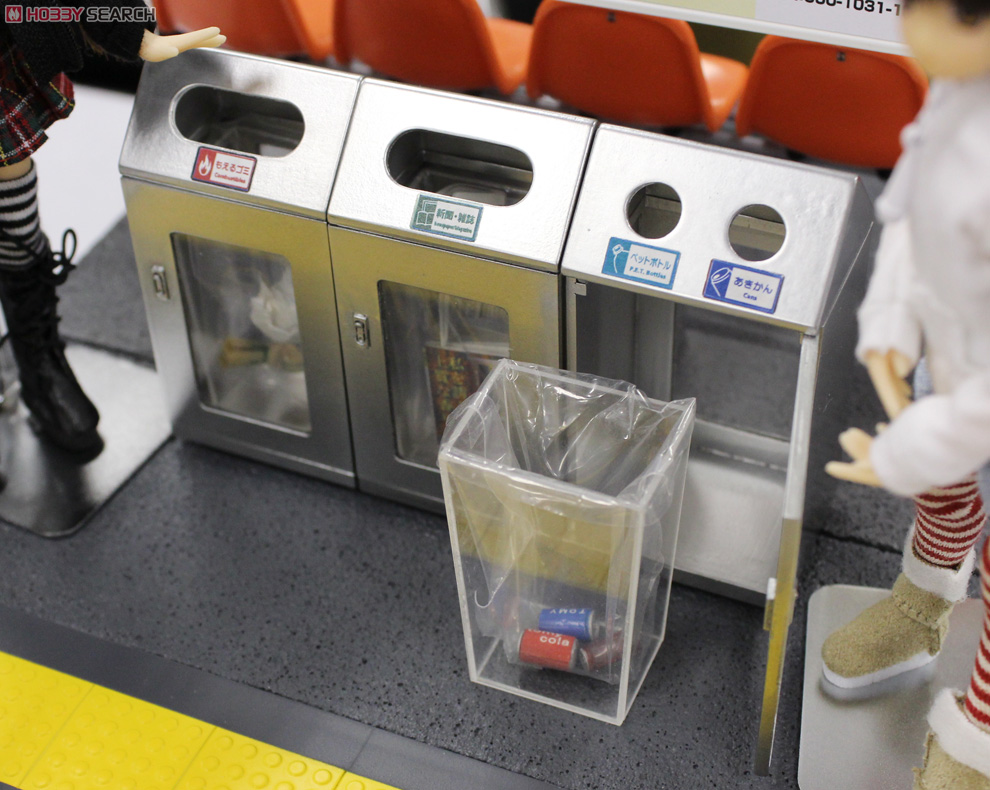 (1/12) EK-05 Trash can of the station (Stainless Color) (Model Train) Other picture3
