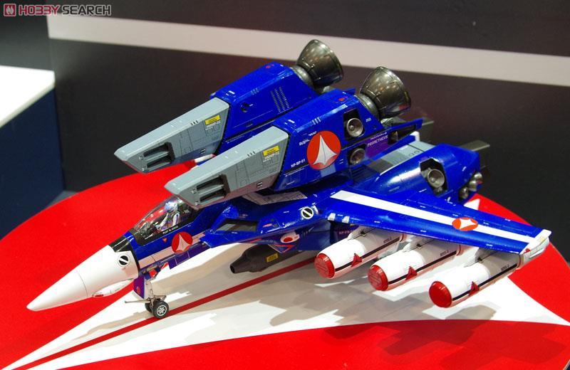 VF-1J スーパーバルキリー `マックス/ミリア` w/反応弾