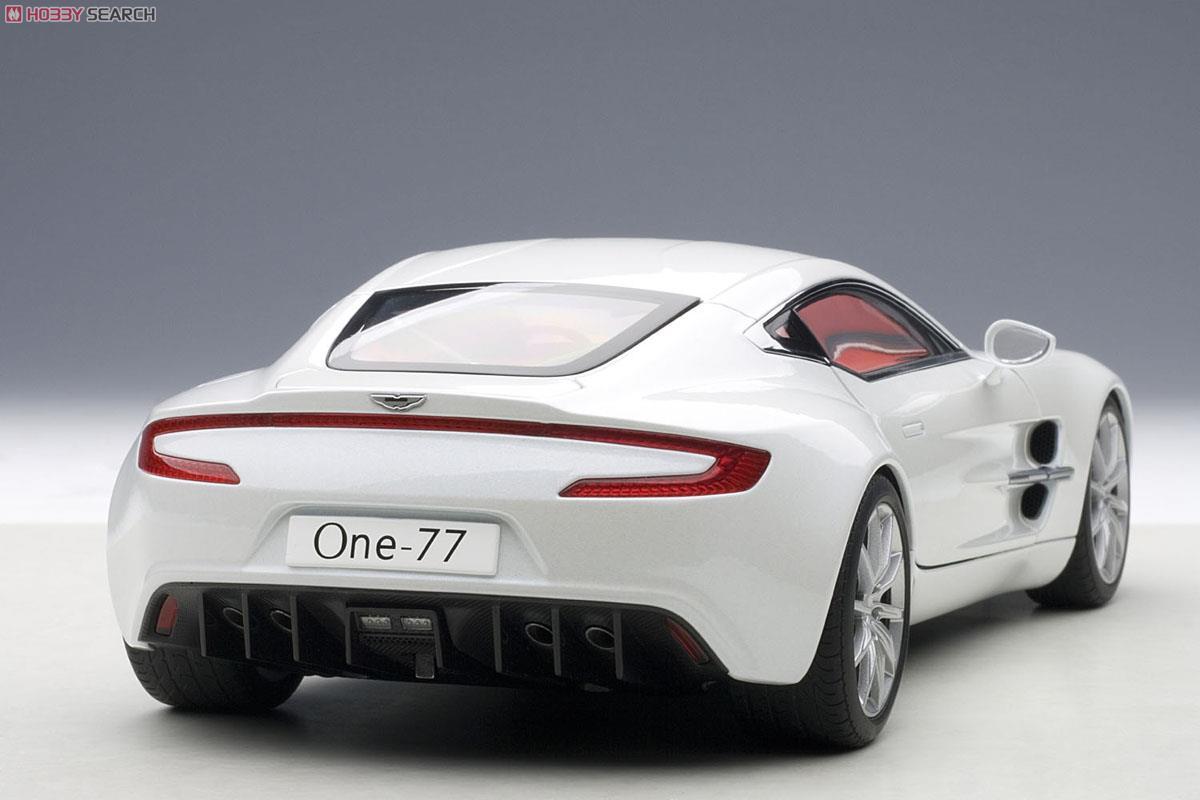 アストンマーチン ONE-77 (ホワイト) (ミニカー)