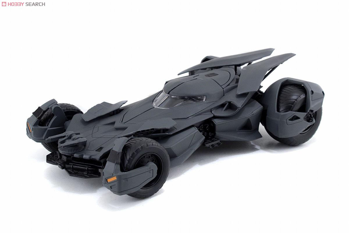 batman vs superman dawn of justice metals die cast build collect vehicle batmobile 1 24. Black Bedroom Furniture Sets. Home Design Ideas