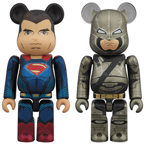 BE@RBRICK SUPERMAN & ARMORED BATMAN 2 PACK (完成品)