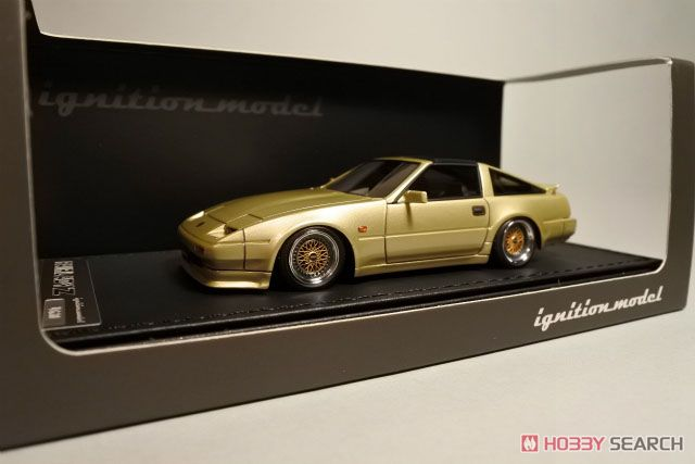 Nissan Fairlady Z (Z31) Gold Images List