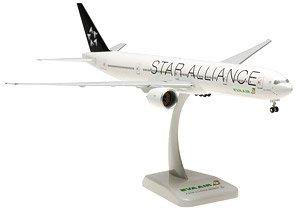 B777-300ER エバー航空 スターアライアンス塗装 ランディングギア/スタンド付属 (完成品)