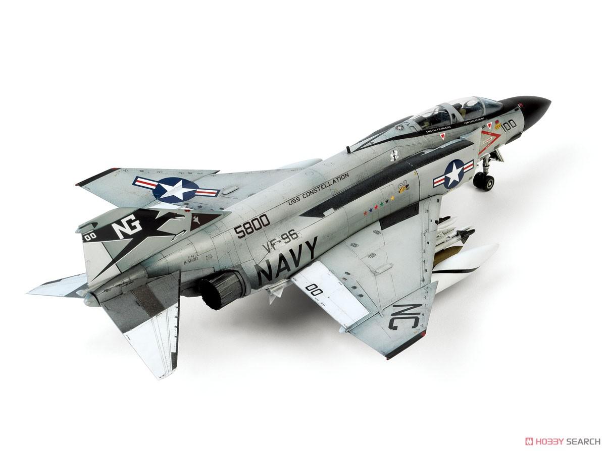 アメリカ海軍 F-4JファントムII `ショータイム100` (プラモデル)