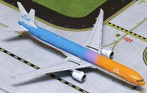 KLM オランダ航空 Orange Pride PH-BVA 777-300ER (完成品)