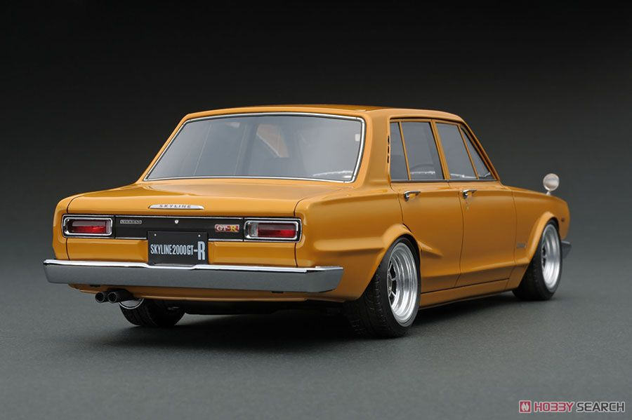 Nissan Skyline 2000 GT-R (PGC10) Brown (ミニカー)