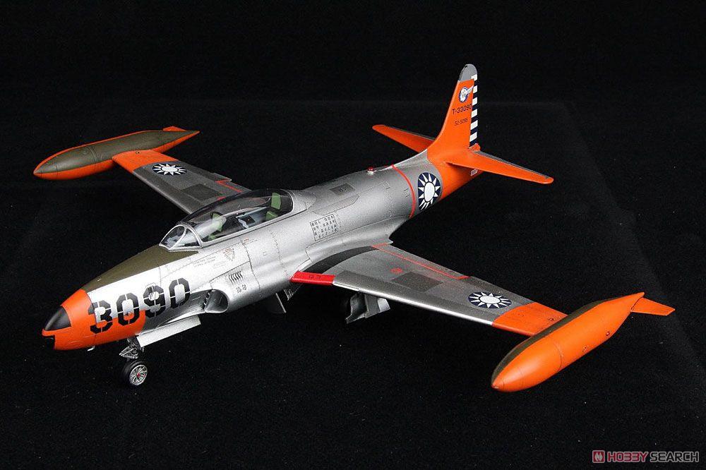 T-33A 練習機 台湾空軍 (プラモデル)