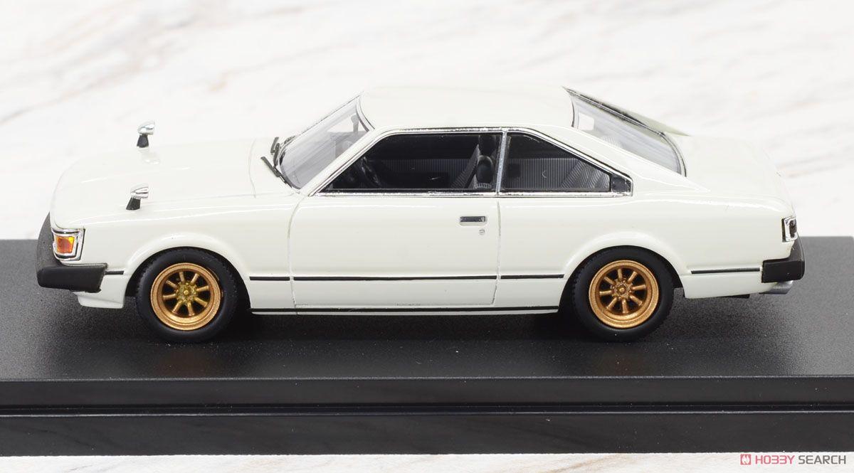 Toyota CARINA HARDTOP 2000GT (1980) 改 (ポロホワイト) (宮沢流通限定) (ミニカー)