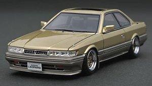 Nissan Leopard 3.0 Ultima (F31) Gold (ミニカー)