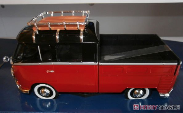 Volkswagen Tupe2 (T1) Pickup R black/ruby red (ミニカー)