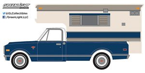 1968 Chevy C10 Cheyenne with Large Camper (Hobby Exclusive) (ミニカー)
