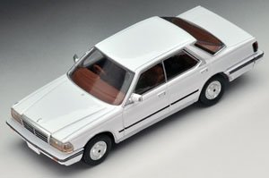 LV-N150a 日産グロリア V30ダーボブロアム 85年式 (白) (ミニカー)