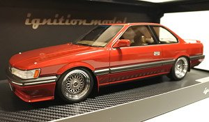 Nissan Leopard 3.0 Ultima (F31) Red (ミニカー)