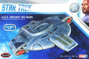 Star Trek U.S.S. Defiant (Plastic model)