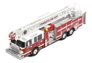 Smeal 105 はしご車 2014 Charlotte Fire Department (ミニカー)