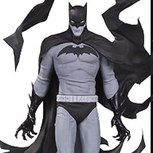 DC Comics - Statue: Batman Comics / Black & White - Batman by Becky Cloonan (Completed)