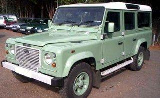 Land Rover Defender TD5 110 Station Wagon Heritage