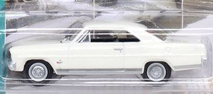 Johnny Lightning - Muscle Cars USA 2018 Release5 1966 Chevy Nova SS Ermine White (ミニカー)