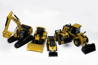 Diecast Master Cat D6R XL Track Type Bulldoza Painted 1//64 Scale Diecast Model