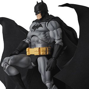 MAFEX No.126 BATMAN `HUSH` BLACK Ver. (完成品)