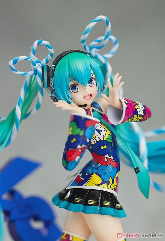 Hatsune Miku: Miku Expo 5th Anniv. / Lucky Orb: Uta X Kasoku Ver. (PVC Figure) Item picture4
