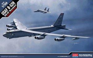 B-52H ストラトフォートレス `バッカニアーズ` (プラモデル)