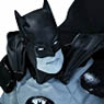 Batman / Batman Black & White Statue: IVAN REIS (Completed)